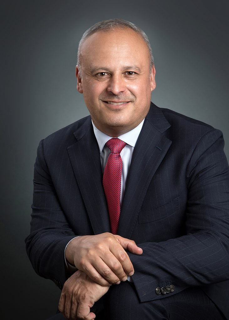 Raoul Bustillo Personal Injury and Criminal Defense Lawyer Headshot